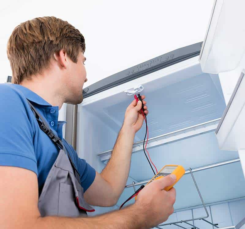 Fridge Mechanic Perth fixing a westinghouse refrigerator in Joondalup. Also servicing Morley, Canning, Scarborough and much more.