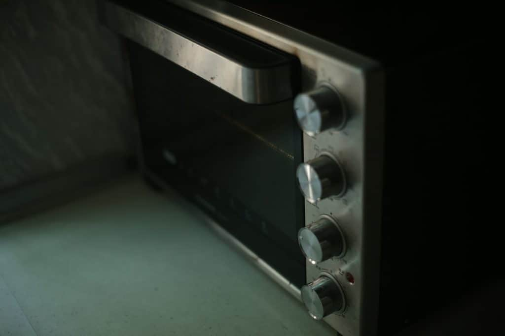 to repair the oven handle,check first the leading cause of the problem