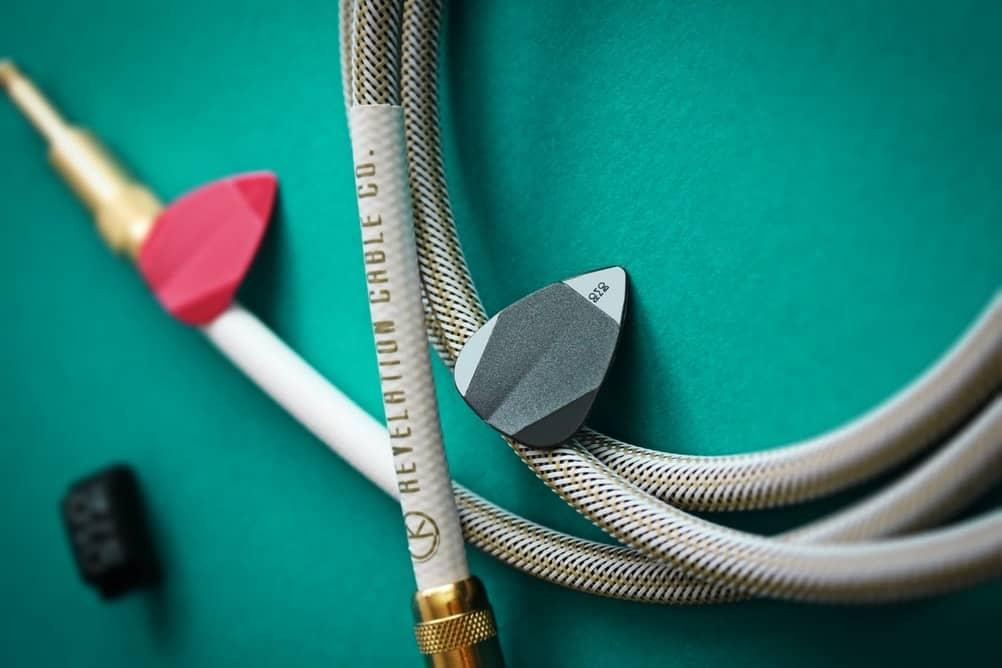 white silver hose, how to drill a hose